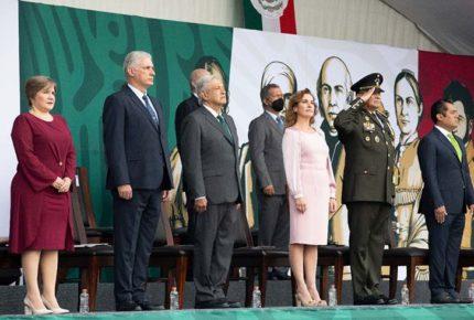 Tunden a AMLO por invitar a Díaz-Canel a festejos patrios