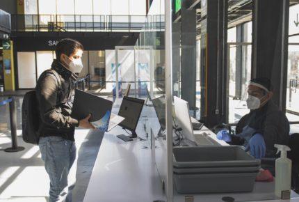 UNAM ofrece a comunidad estudiantil computadoras e internet