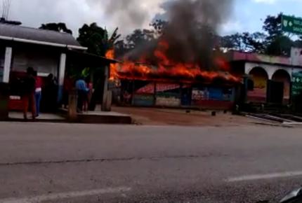Congreso Indígena condena quema de bodegas de granos del EZLN