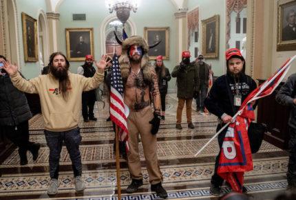 Arrestan a supuesto activista que participó en toma del Capitolio