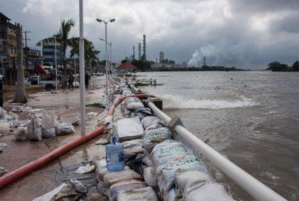 Reportan fuga en Refinería Lázaro Cárdenas, Veracruz