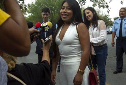 Yalitza Aparicio y Ester Expósito hacen mancuerna en nueva serie
