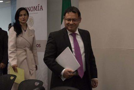 Nombran a Ernesto Acevedo director ejecutivo alterno del BM