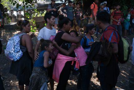 Guatemala autoriza uso de la fuerza contra caravana migrante