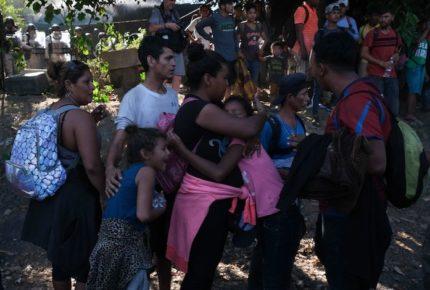 Sanciones, clima y crisis, causan regreso de migrantes a su país