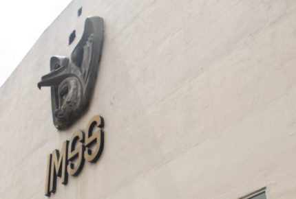 Especialistas del IMSS viajan a Granada para combatir la Covid-19