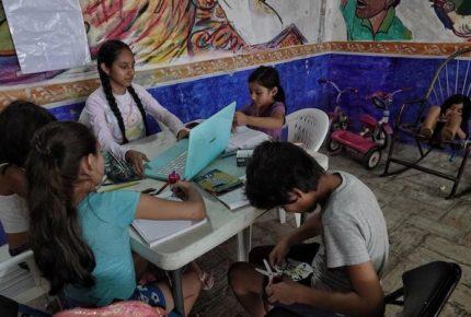 OMS defiende apertura de escuelas  y evitar confinamientos