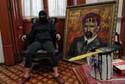 """""""Retroceso para nuestros valores"""": pintor del Madero intervenido"""