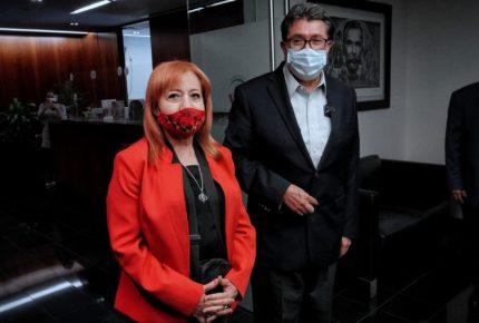 Comparece Rosario Piedra por toma de CNDH