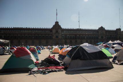 Frenaaa llegó al Ángel para pedir un 'paro económico nacional'