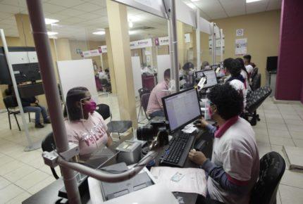 INE pone fecha límite para trámite de credencial