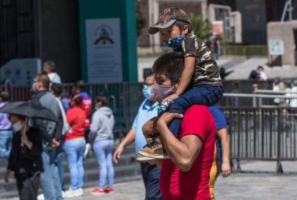 SCJN hace oficial las licencias de paternidad y adopción