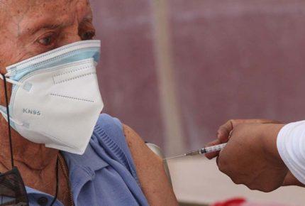 México recibirá casi un millón de dosis de vacunas este jueves