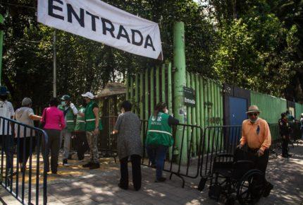 Arranca vacunación para adultos de 40 a 49 años en Xochimilco