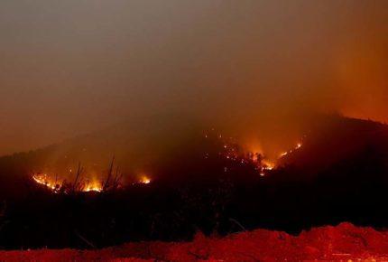 Incendio en fábrica de India deja al menos 15 muertos