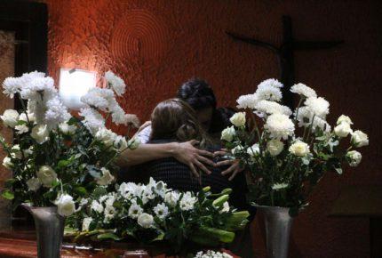 Montan altar en memoria de víctimas del accidente en el Metro