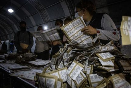 INE estima recontar más de 97 mil paquetes electorales