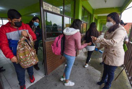 Estudiantes contagiados con Covid-19 son casos aislados: AEFCDMX