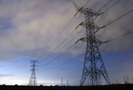 Con reforma eléctrica, México obstaculizará combate al cambio climático