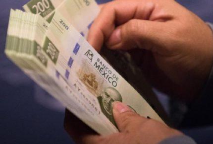 Economía mexicana cae 3.8%, acumula 8 contracciones