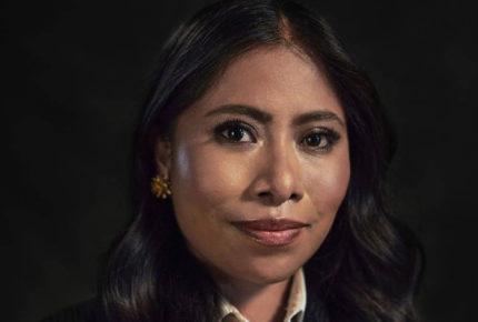 """""""Mi piel es pura sabrosura"""", Yalitza Aparicio protesta contra racismo"""