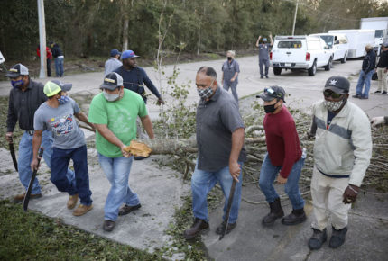 'Zeta' toca tierra en EU como tormenta tropical
