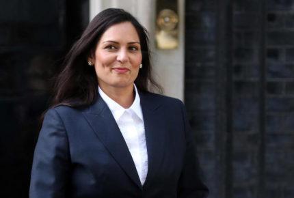 Reino Unido busca endurecer política de asilo a migrantes
