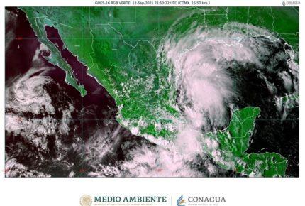'Nicholas' amenaza con convertirse en huracán frente a Tamaulipas