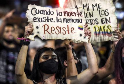 Mujer trans muere a manos de militar en Colombia