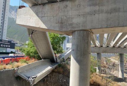 Colapsa trabe del Viaducto Urbano de Santa Catarina, Nuevo León